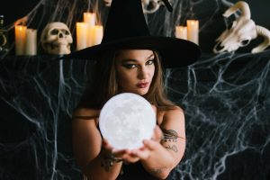 Dark Beauty Witch Themed Photo Shoot (2)